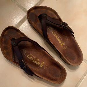 Birkenstock sandals. 38.